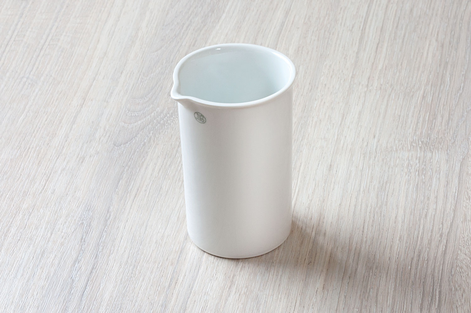 Beaker, high form, with spout